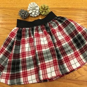 Children's Place Size 4 Red & Black Flannel Skirt